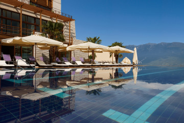 Lefay Resort and Spa Gardasee Lago di Garda Italien Pool