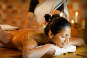 Kairali-Ayurvedic-Healing-Village-Ayurveda-Massage